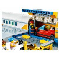 LEGO City Airport - utasszállító repülőgép 60262