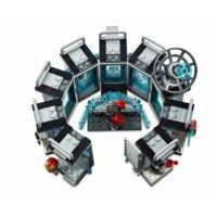 LEGO Super Heroes - Vasember Páncélcsarnoka 76125
